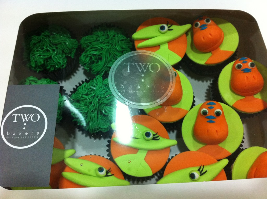 cupcakes from two bakers